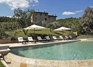 Small romantic hotel in Chianti
