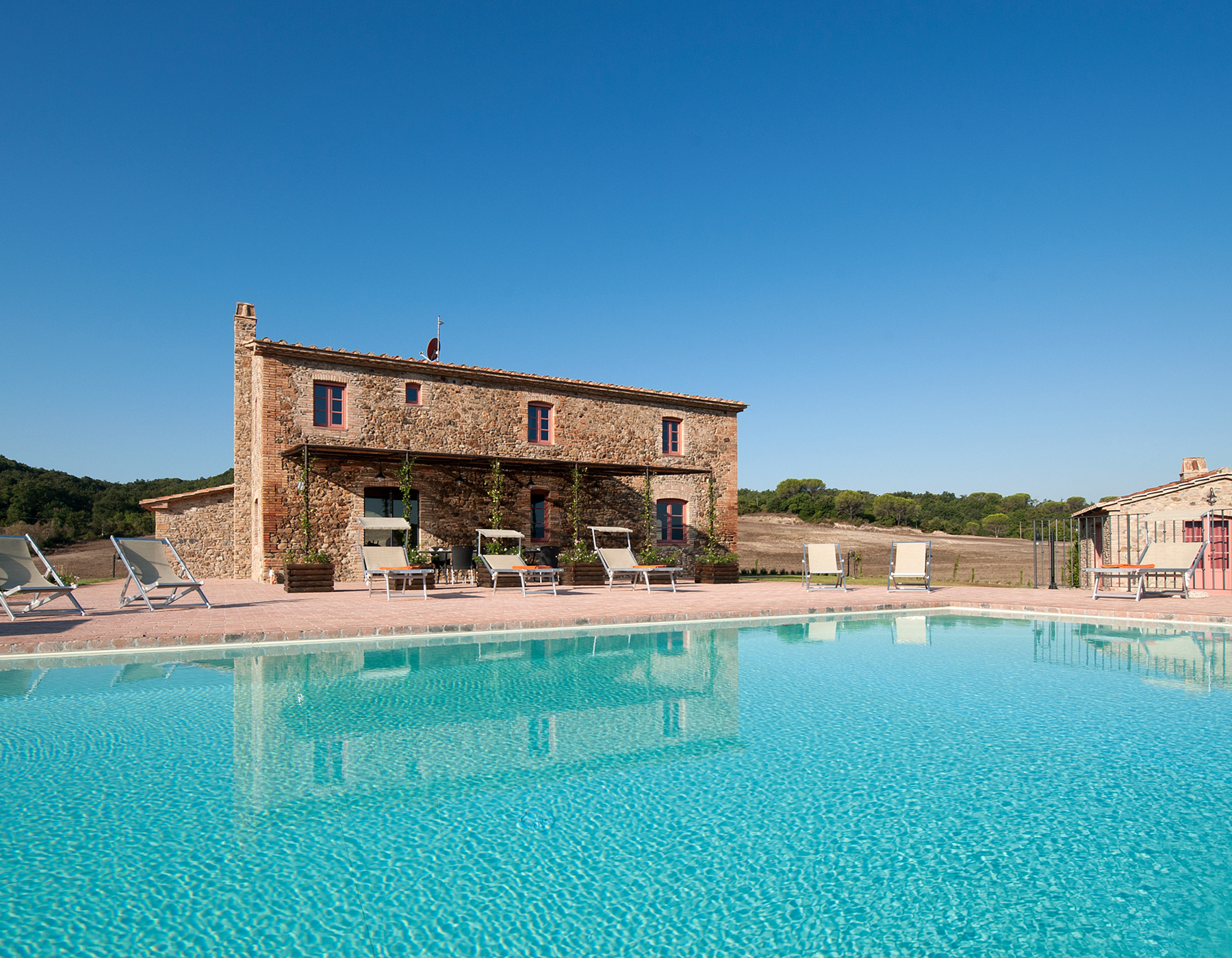 Villa-in-Tuscany-with-pool